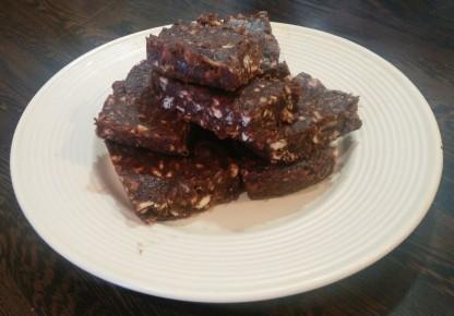 3 Ingredients Raw Brownie